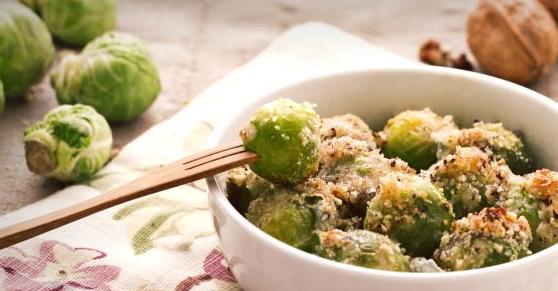 Cavoletti di Bruxelles con gorgonzola e noci - Gorgonzola and walnut Brussels sprouts