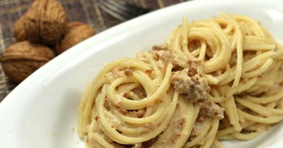Spaghetti alle noci - Walnut spaghetti