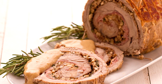 Rotolo di vitello con noci - Rolled veal with walnuts