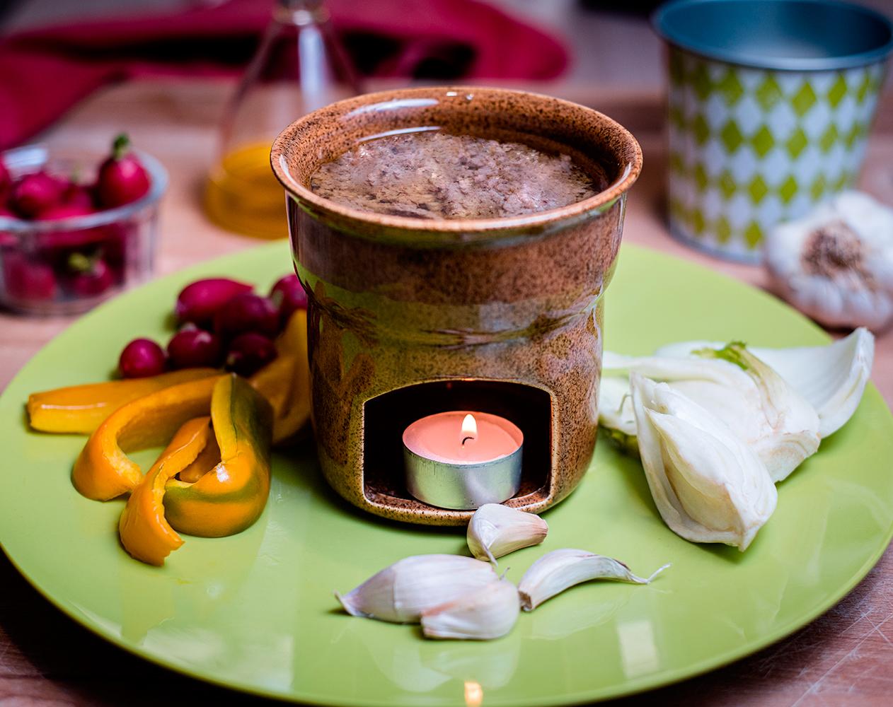 Bagna cauda with walnut oil